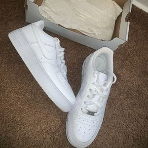 Brand new WORN ONCE Nike Air Force 1's